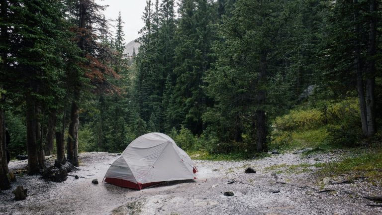tent-for-rain-and-wind
